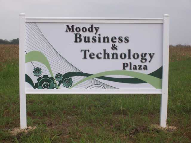 MoodyBusinessParkSign